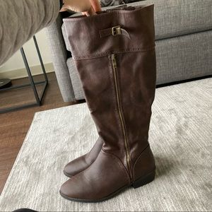 Dream Pairs Belted High Knee Boot